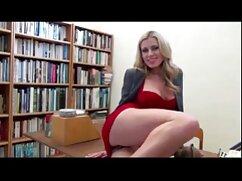 به عنوان دبیر سکسهای گلشیفته فراهانی و ضبط شده در ویدئو